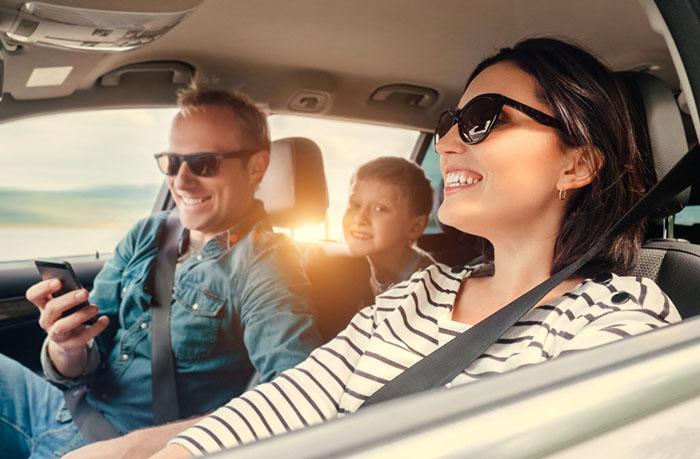 Машины для путешествий на дальние расстояния: рейтинг лучших моделей