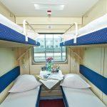 Интерьер купе двухэтажного вагона